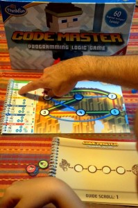 code-master-logic-game